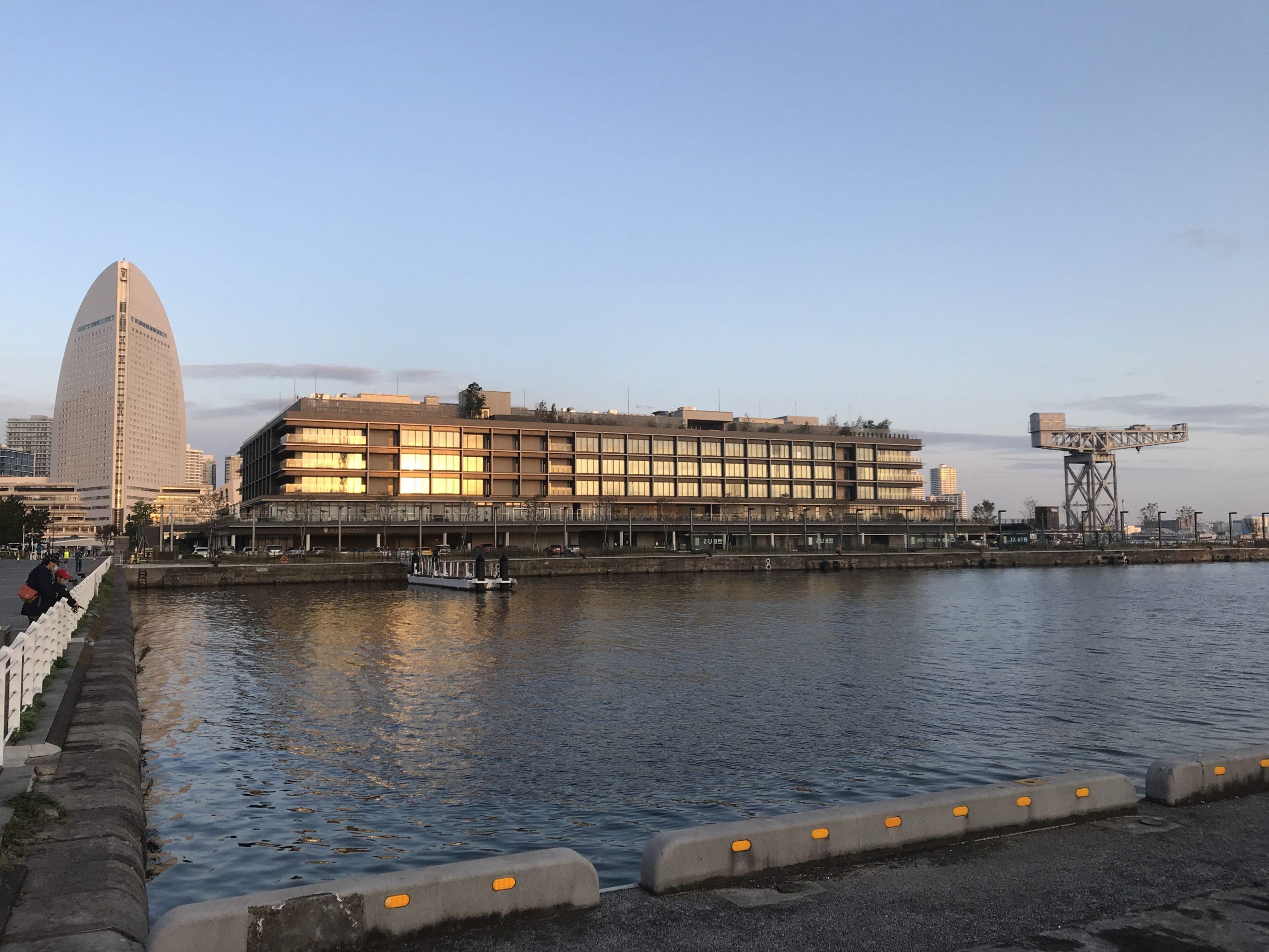 """歴史と現代の港の""""最先端""""横浜ハンマーヘッド"""
